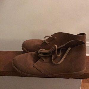 American Eagle Light Brown Chukka Boots